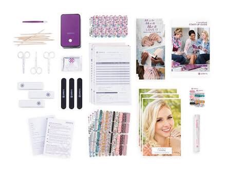what is in the jamberry starter kit?